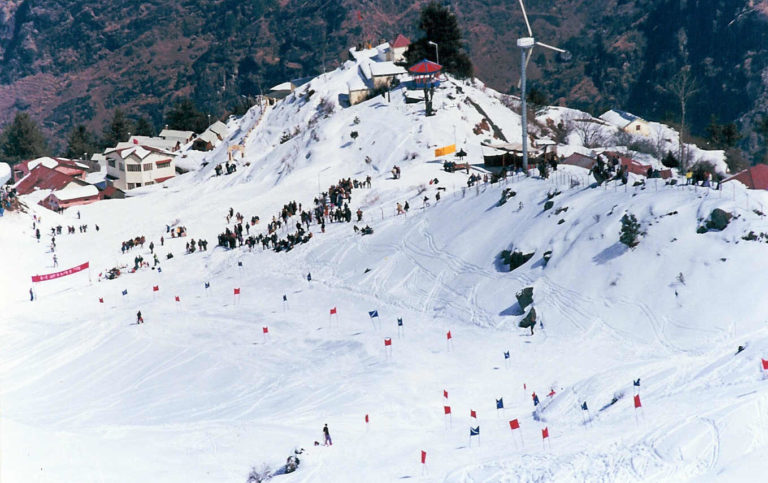 7 Best Places to Spend A Snowy Winter Vacation in India
