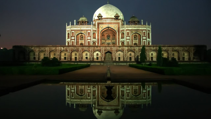 ,delhi attractions,must visit place in delhi,must visit place in india