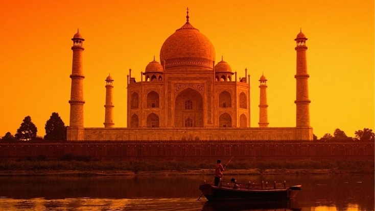 taj mahal,india attractions,must visit place in india,places to see in india,tailor made holidays
