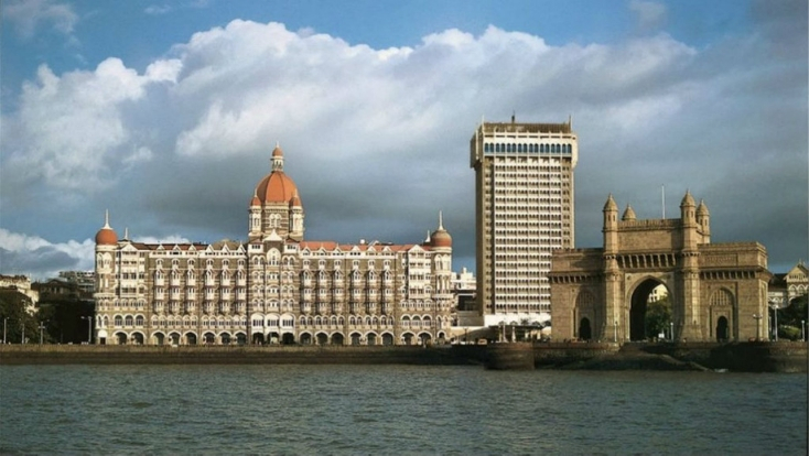 mumbai attractions,taj hotel,gateway of india,travel india,visit india,tailor made india