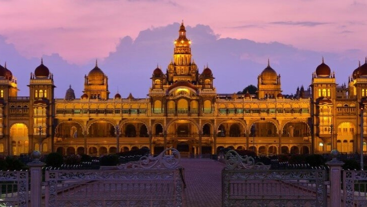 mysore attractions,south india tour,mysore palace,attractions of india,india tour,travel india,tailor made india holidays